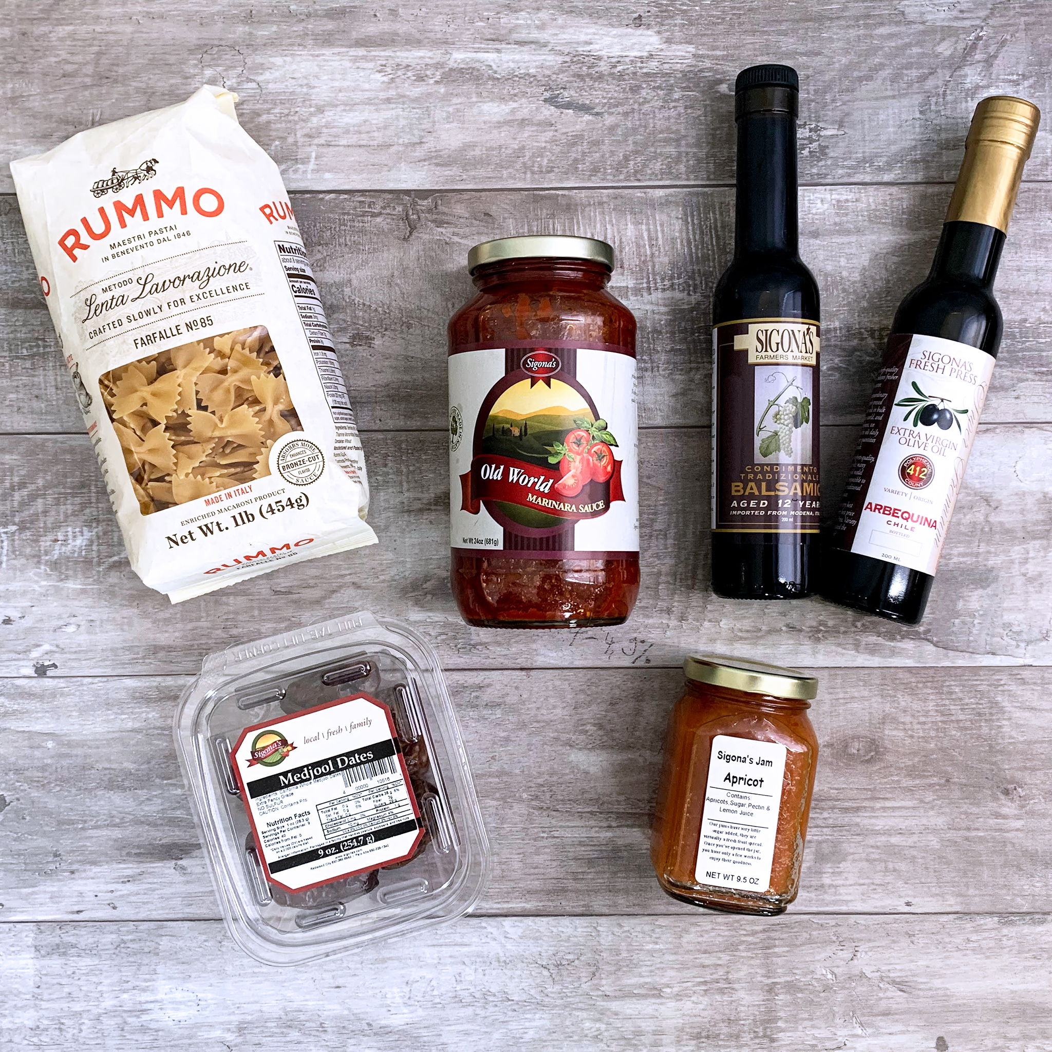 Sigona's Favorites Box with pasta sauce, olive oil, balsamic vinegar and more!